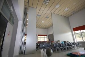 La fácil manipulación de estos productos permite personalizar los espacios interiores según las necesidades del gimnasio.
